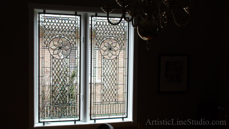 Stained and leaded glass window linda for a family room for Classic window design